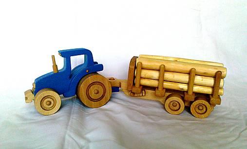 hrackarsky traktor